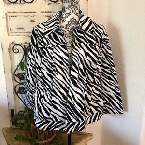 Jones New York women's size 2x zebra print jacket